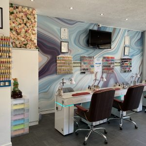 nail paradise south port interior 3